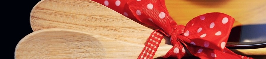 GIFT IDEAS FOR COOKING & KITCHEN